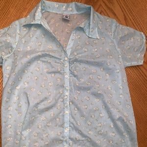 Old Navy Maternity 👶 button down shirt size M